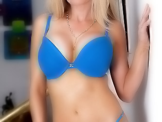 Hot blonde gets her pussy pounded