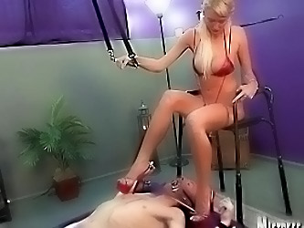 Mistress Alexis Uses Slave Sean...