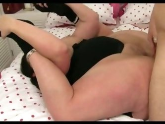 Flexible fatty gets fucked sex