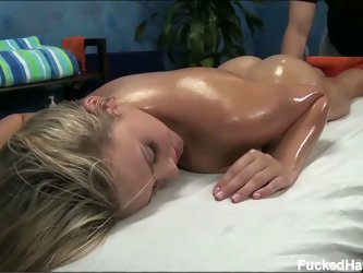 Hd sexy blonde babe mia gets a sweet massage