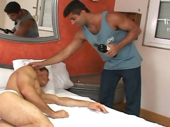 Henrique and arnold skip the bottle of wine and go straight to the sex