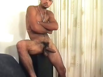 Solo hairy gay hunk wanker for a glass full of hot jizz