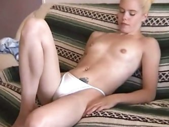 Canadian blonde strips and fingers
