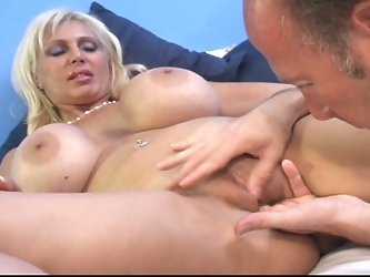 Granny has her pussy fingered by old dude