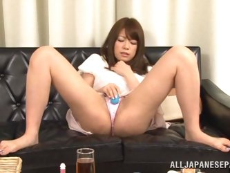 Japanese skank rides a cock after getting her pussy fingered