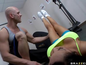 After working out, this gorgeous brunette Latina with big tits and a deep throat called Breanna gave her gym instructor a hot titty fuck. Then she...