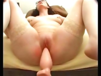 Annette Fucking Machine Thick Pl...