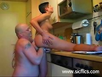 Brutally Fist Fucked Extreme Amateur Housewife
