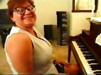 Fat Mature Piano Teacher Bbw Fuc...