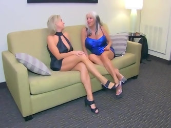 2 Skanky Moms share Dark Schlong