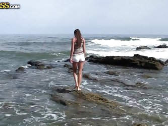 If you appreciate the homemade sex tapes, click to watch a horny couple spending exciting moments on the sea shore. The brunette bitch has nice natura