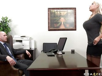 Watch this hot babe entering her bosses office asking for some money. Look at her big tits and her juicy lips sucking that big cock. Suddenly his wife
