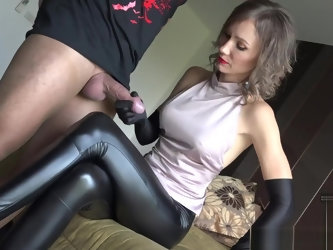 Legjob heeljob cum on legs and heels