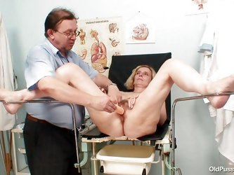 Tamara is at the gynecologist's office getting her pussy examined. The doc swabs her inside, then removes the plastic speculum. He takes a syring