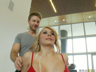 Busty blonde babe Madison Ivy visits gym to work out her body and, sometimes, pussy. She is horny for her fitness trainer and quickly agrees for a ste