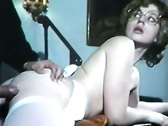 That tall dude has surprisingly small dick but that vintage bitch still blows it and opens her legs on the couch because her hairy twat is hungry!