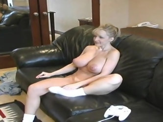 Sugar breasty mature lady Danni Ashe in hot masturbation sex video
