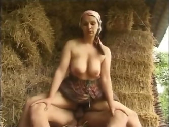 The farmer is looking for a wife !!!