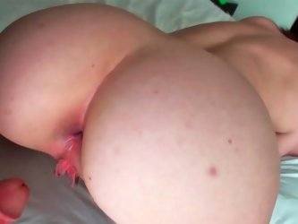 Tight ass hooker gets a finger up her a-hole
