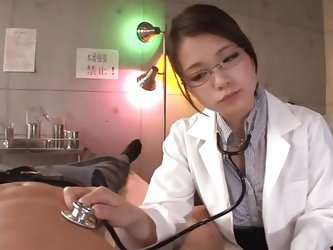 Kana is a 20 years old Japanese babe and here she is a doctor who is being naughty with her patient. She starts with talking and after some time she j