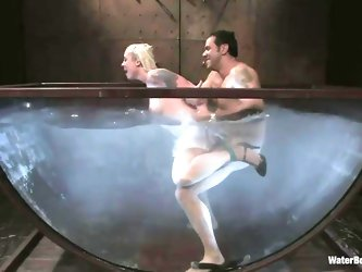 Pretty blonde Lorelei is being fucked and drowned by Steven. He fucks her pussy in that big water bowl and when the guy is not happy with her he just