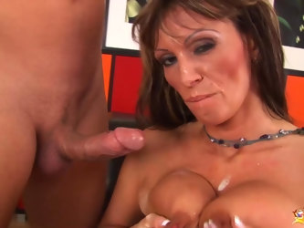 Extreme big natural mom gets first time rough doggystyle