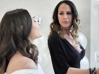 Lesbian one on one before a weding - McKenzie Lee & Aften Opal