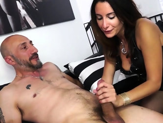 CASTING ALLA ITALIANA - Italian Debby Love's anal audition