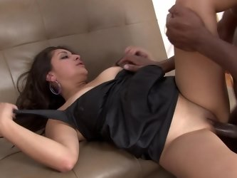A black dude pushes himself into a hot Latina slut with a big ass
