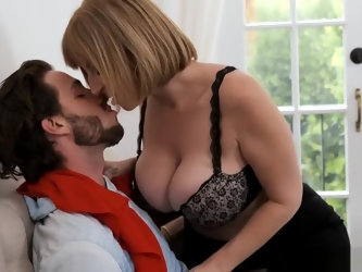 Sara's big tits attract her son's best friend