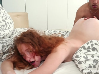 Natural credhead Foxy Lee adores doggy style before amazing blowjob