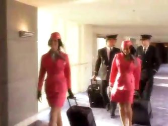 Flight attendant sucks pilot in hotel