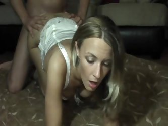 Girl talks dirty to cuckold during sex