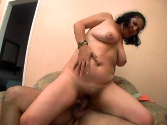 Hairy pussy hardcore with the sexy fat slut
