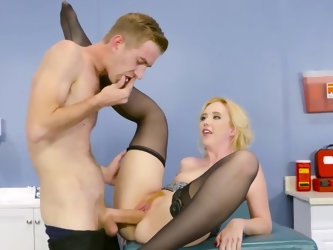 Attractive patient must be drilled with huge cock and doctor reluctantly agrees to abandon his code of ethics. He actively stretches trimmed cunny on