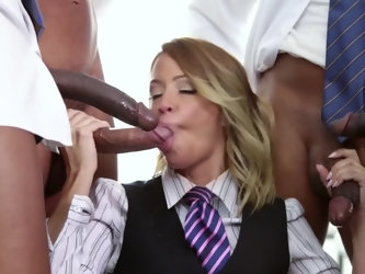 Whip it out and enjoy an interracial blowbang where Jessica gives head to four horny dudes. She's in skintight leather pants and a blouse and she