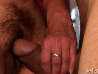 Nasty granny has been missing dick for long so she goes wild and dirty when she gets a chance. Watch her sucking dick deepthroat and later fucking fur