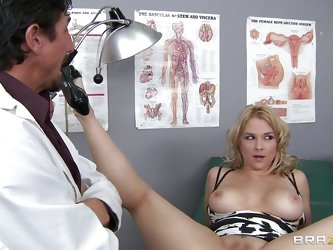Horny curly hair blonde comes in to be consulted saying that she thinks there's a lump on her breast. Then she tells him that she has a lump on h