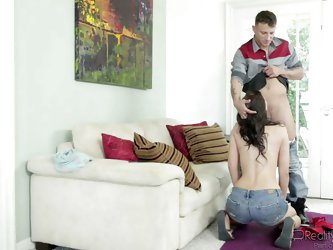 Alana gets bored, when she has to do these babysitter jobs. But she can't avoid it, after all, it's good money. Watching porn is a good way