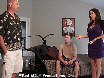 MILF Rachel Steele seduces her stepson