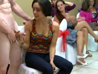 Maid of honor hired a stripper for this crazy bachelorette party