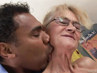 Skinny granny Beata is mad about big cocks! She's turned on by this dude and he kisses her neck, before she remains without her red panties. Then