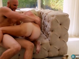 Leah L'amour - 64 years old